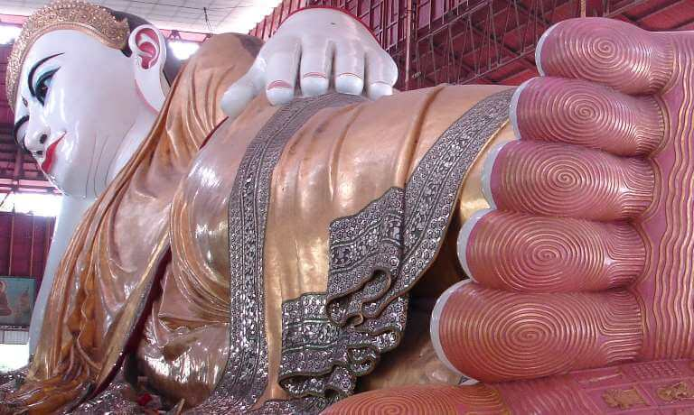 Reclining Buddha in Yangon