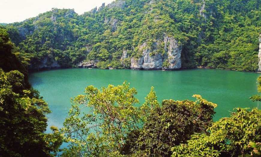 The Emerald Lagoon in An Thong National Park, Thailand