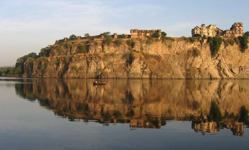 Bhainsrorgarh Fort Hotel overlooking a river in Rajasthan