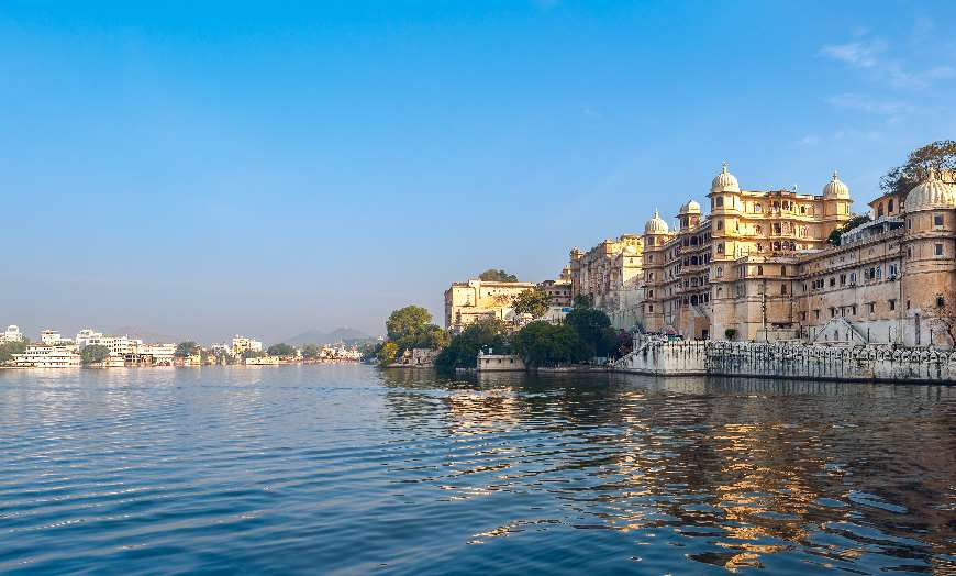 Lake Pichola and the City Palace complex in Udaipur India