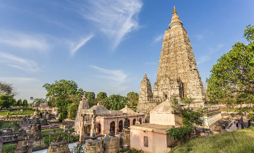 Grand stone tower of the Mahabodhi Temple in Bodh Gaya