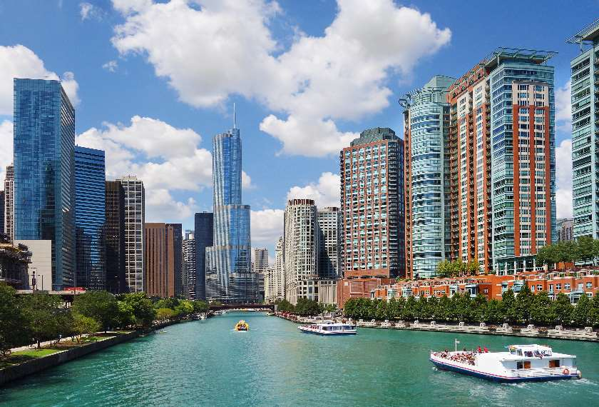 View of downtown Chicago and the Chicago River