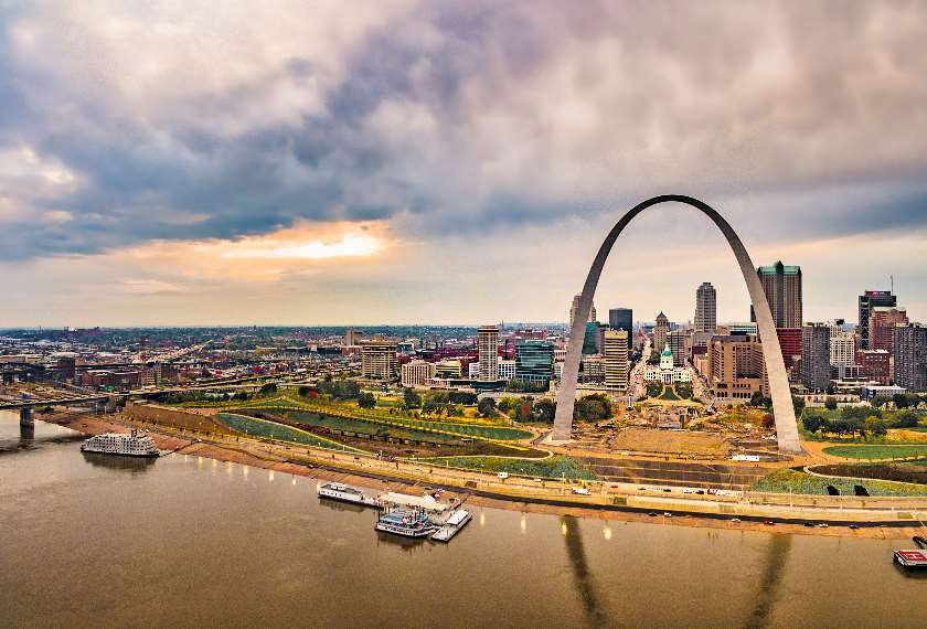 St Louis Gateway Arch in Missouri